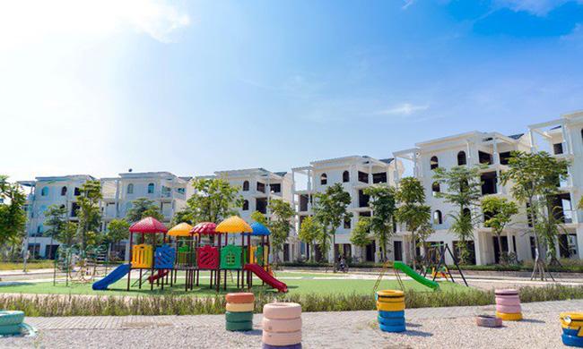 Bách Việt Lake Garden tặng quà tiền tỷ tri ân khách hàng